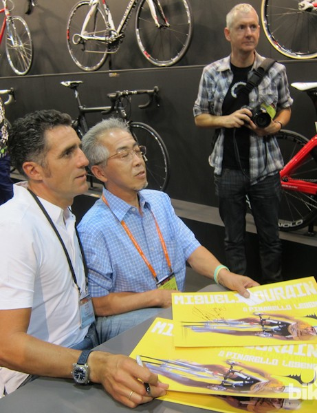 5-time Tour de France winner, Miguel Indurain, signing autographs at Interbike