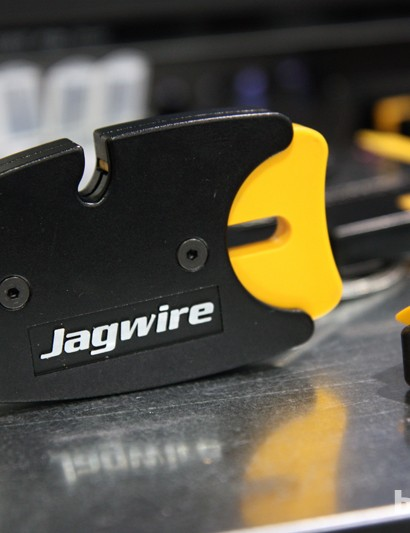 The new Jagwire Pro Hydraulic Brake Line Cutter features a sturdy cast aluminum body for shop use