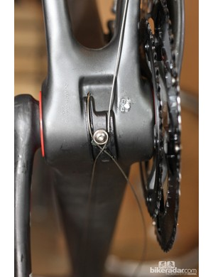 BH's crossed bottom bracket cable routing is smooth and keeps the cables off the head tube (and from scuffing it)