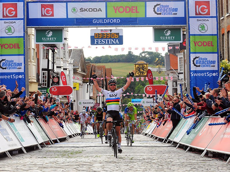 Mark Cavendish wins the final stage in Guildford