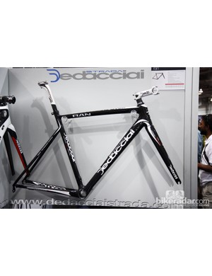 Dedacciai Strada concentrates on stiffness-to-weight with the 2013 Ran