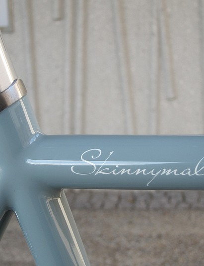 The Shand Skinnymalinky's signature-style top tube
