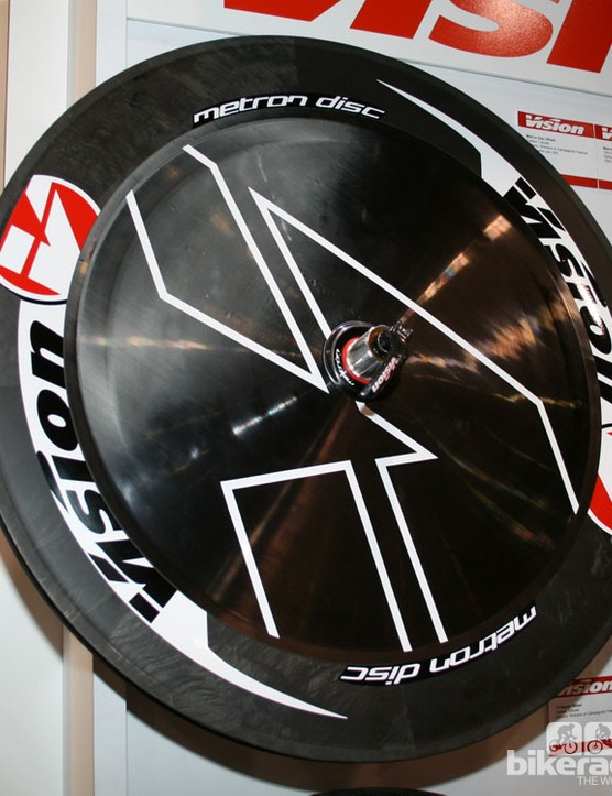Vision Metron disk - claimed to be very aero but not particularly light at 1400g+