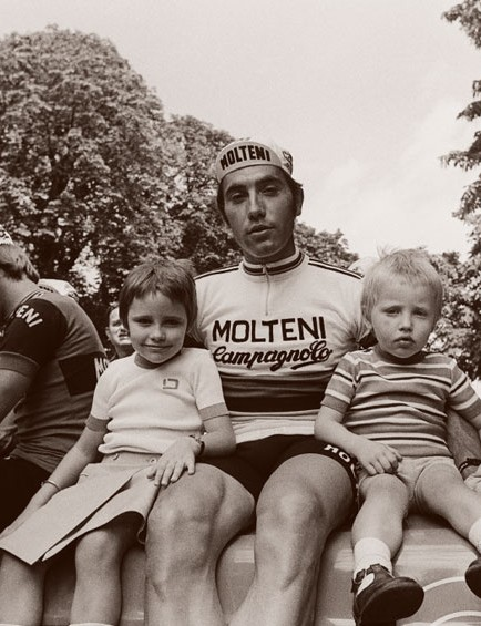 Merckx with his children Sabrina and Axel at the 1975 Tour de France