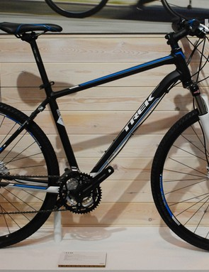 A popular hybrid spec – road meets off-road in this model from Trek's DS range