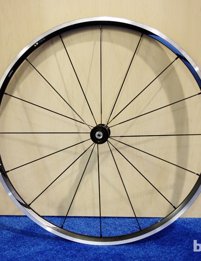 The Shimano WH-RS21 clincher road wheels boast a suggested retail price of just US$379.99 but niceties such as adjustable angular contact bearings, an offset rear rim and compatibility with Shimano's new 11-speed drivetrains. Claimed weight is 1,850g for the pair