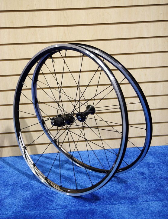 Shimano's new WH-RS61-TL is the company's least expensive tubeless-compatible road wheelset at US$499.99