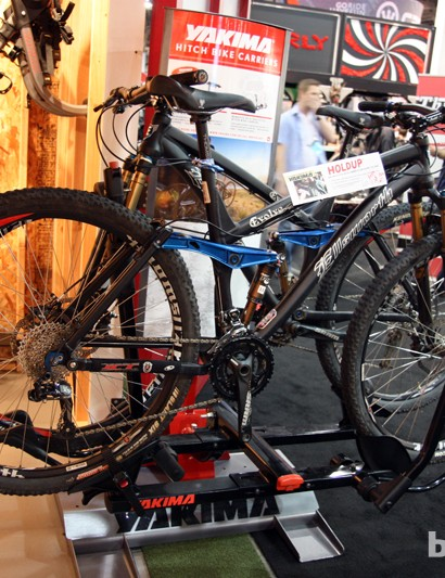 Yakima has upgraded its popular HoldUp rack for 2013 with more tray adjustability, stouter arms and a new integrated cable lock