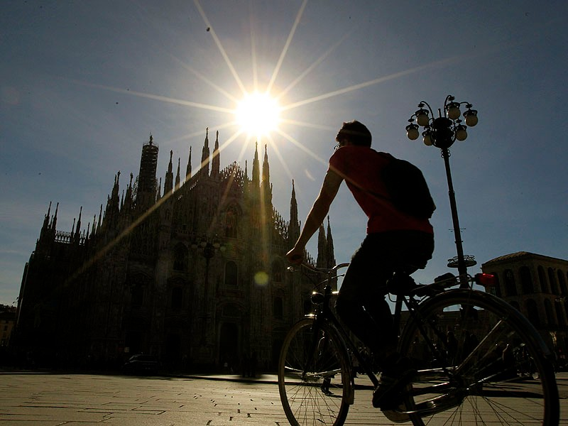 Italy's deep economic crisis is said to be a major factor in the shift to bikes