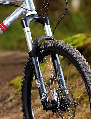 The RockShox Recon Gold fork swallows bumps with plushness and tracks well too