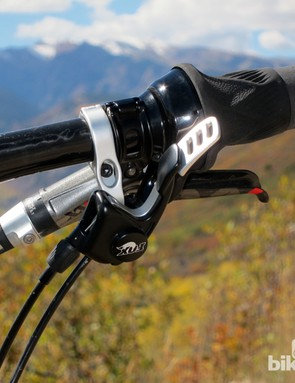 The Fox DOSS remote works well when positioned underneath the handlebar, but not many riders will be able to put it there
