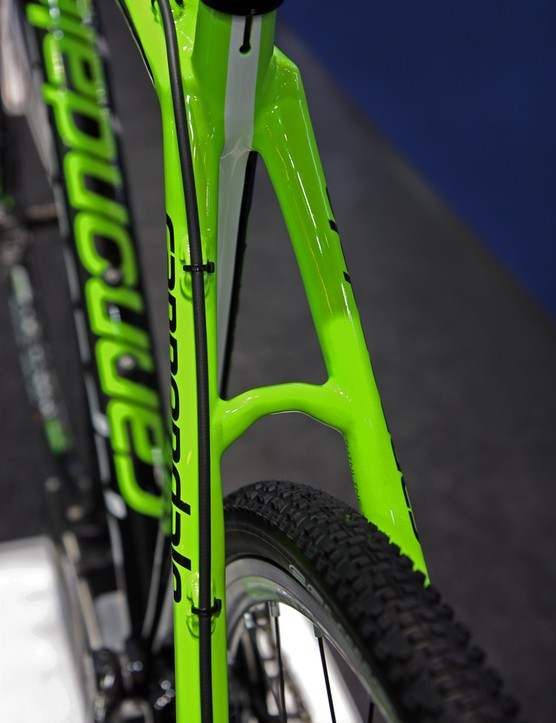 Cannondale says omitting the rim brakes on the SuperX frame allows for a smoother ride, since the seat stays no longer have to be reinforced as much
