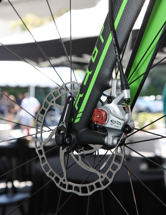 Felt specifies lightweight Ashima rotors on its disc brake-equipped 'cross bikes. The sparse design is fine for 'cross but might not have sufficient cooling ability for more demanding road use
