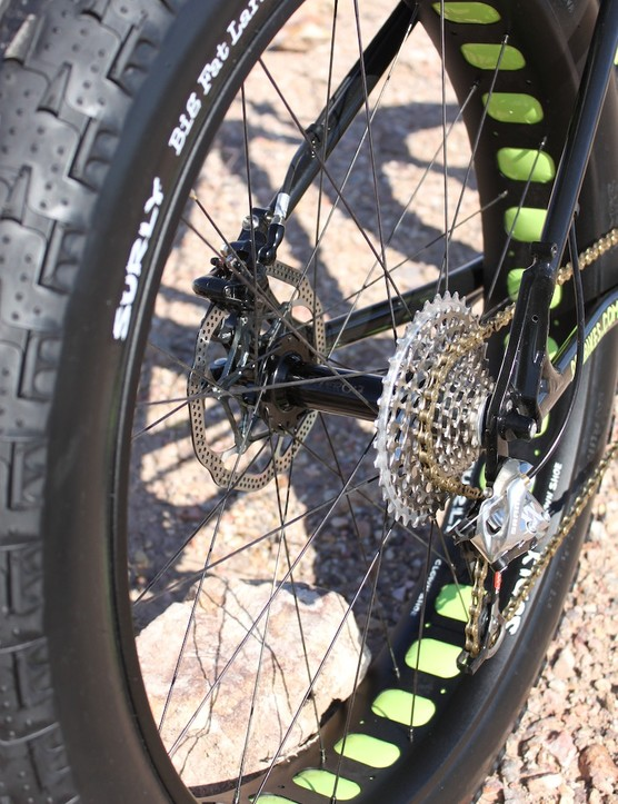 9:zero:7 recently unveiled a new 186mm rear dropout spacing designed to allow the use of 4.8in tires and a fully geared drivetrain