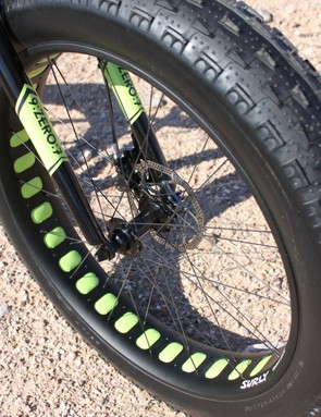 Surly's 100mm-wide Clown Shoe rim is designed to be paired with the company's massive 4.8in tires. This 960g, single-walled rim features large cutouts for weight reduction