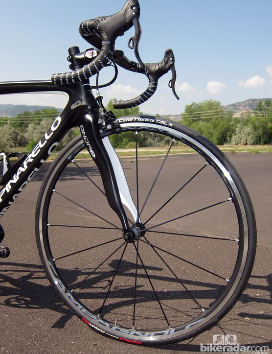 The Campagnolo Shamal aluminum clinchers aren't especially light but they're fantastically stiff and predictable