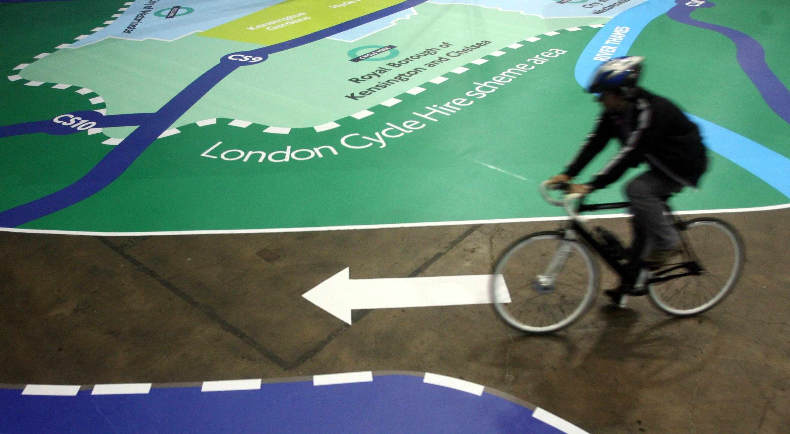 Only 20 percent of 500 cyclists surveyed agreed that helmets improve cycle safety in London, UK