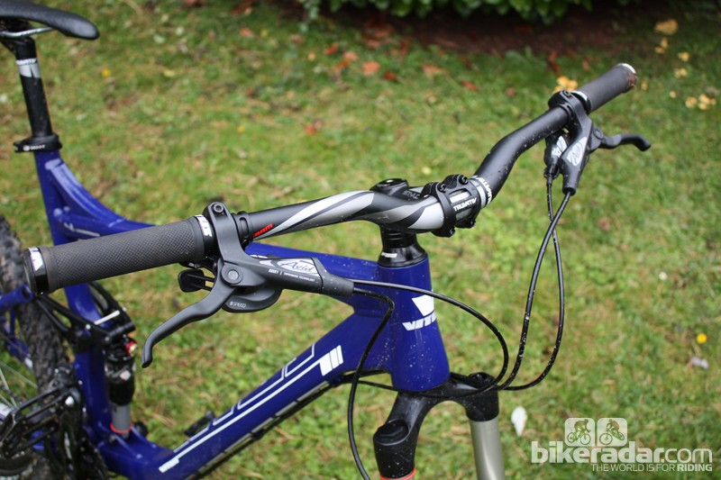 The Truvativ Stylo bar and stem combo does a great job of looking more expensive than it is