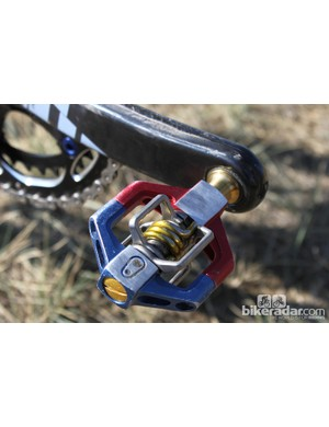 CrankBrothers Candy 11 pedals use 6/4 Ti spindles and springs to save weight. Powers' pair come in custom red, white (silver) and blue livery for his status as US Cyclocross Champ