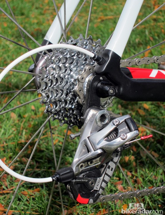 The SRAM Red rear derailleur moves the PC-1091 chain across a PG-1071 cassette