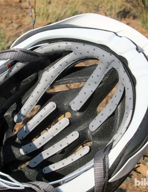The generously distributed antimicrobial pads on the Bontrager Specter XR do an admirable job of keeping odor at bay. However, the hook-and-loop patches underneath have little muscle and the pads easily fall out