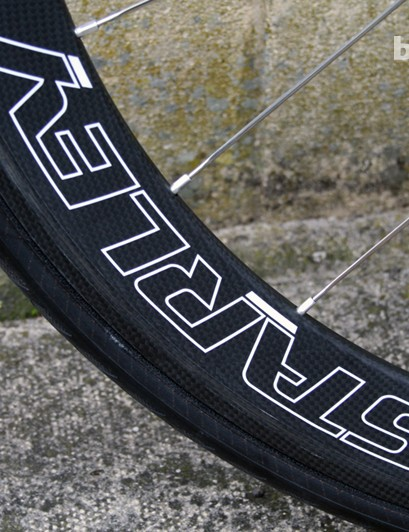 The rear wheel is 50mm deep on the AR1, and is coupled with a 38mm front