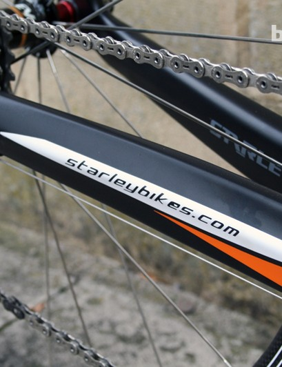 If you were in doubt about the brand, it's on the chainstay too