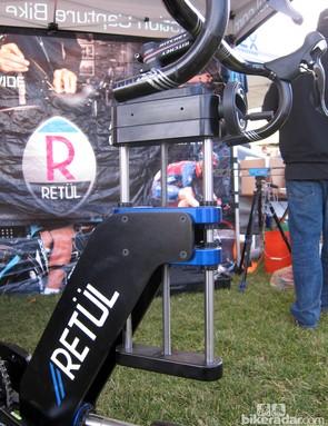 The burly Retül Müve frame is manufactured in Boulder, Colorado
