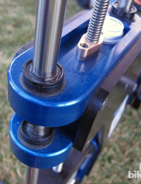 Each subchassis on the Retül Müve slides smoothly on linear bearings