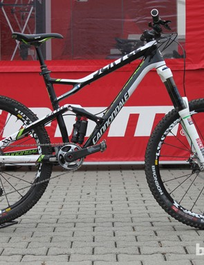 Clementz' Cannondale Jekyll has lots of custom touches