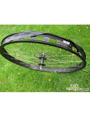Surly's 50mm Rabbit Hole rims and Knard 3in tyres