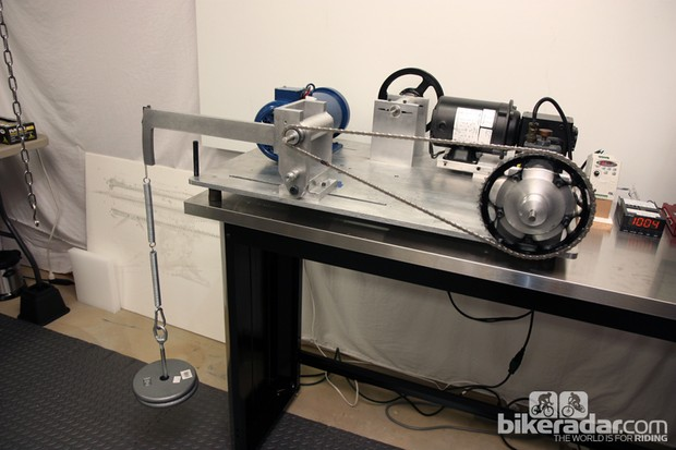 """Friction Facts' """"full tension test"""" setup for measuring chain friction"""