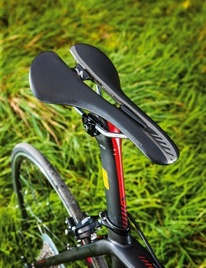 The 'flippable' seatpost clamp offers zero offset or 20mm