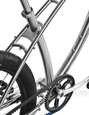 The split top tube flows seamlessly into the seat stays