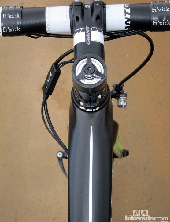 The wide top tube helps keep front triangle torsional flex in check - again, for more confident handling at high speed