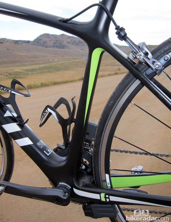 The round-to-rectangular seat tube profile is borrowed from the Giant Defy