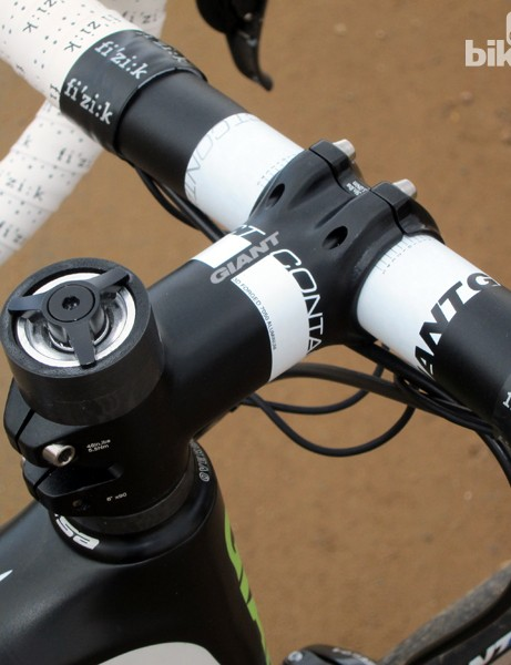 Liv/giant includes its own bar and stem for the Avail Advanced SL. An optional glue-in AirCap SL steerer plug will cut about 45g from the stock expander-type plug shown here