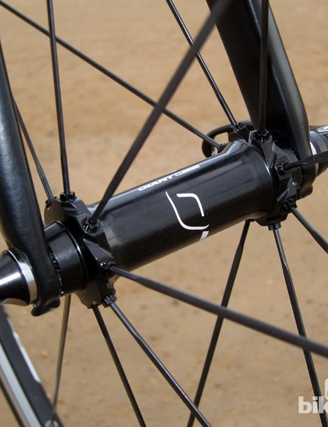 Wider spoke bracing on the Giant P-SL0 wheels is used to help stiffen the wheel and improve handling