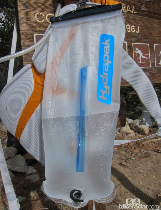 The Tamarack's 3L bladder comes with a baffle, to prevent sloshing, and a quick-release tube