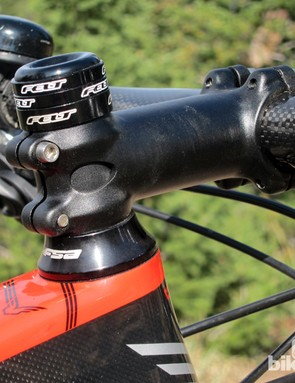 Getting the handlebars low enough on a medium-sized, full-suspension 29er is often a challenge, and the 20mm tall headset cone on our tester only worsened the issue. Felt says later production bikes include a two-piece cone that gives riders the option of a taller or lower setup
