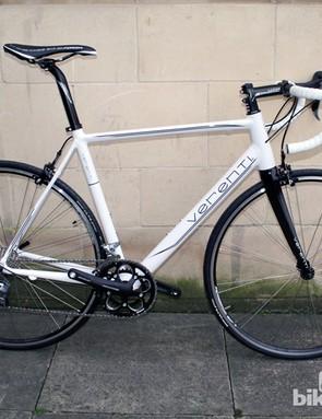 The Verenti Belief, their entry level, aluminium framed road bike