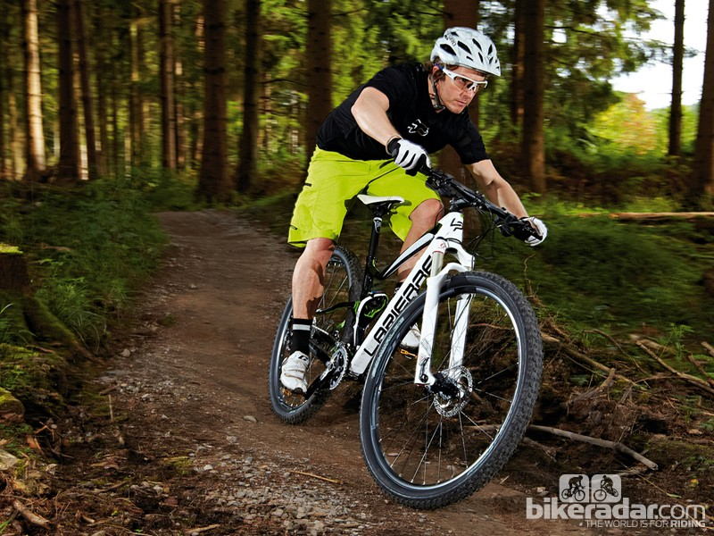 If you're looking for a go-getting, race-winning XC bike that can also do the business on the trails, the XR529 is it