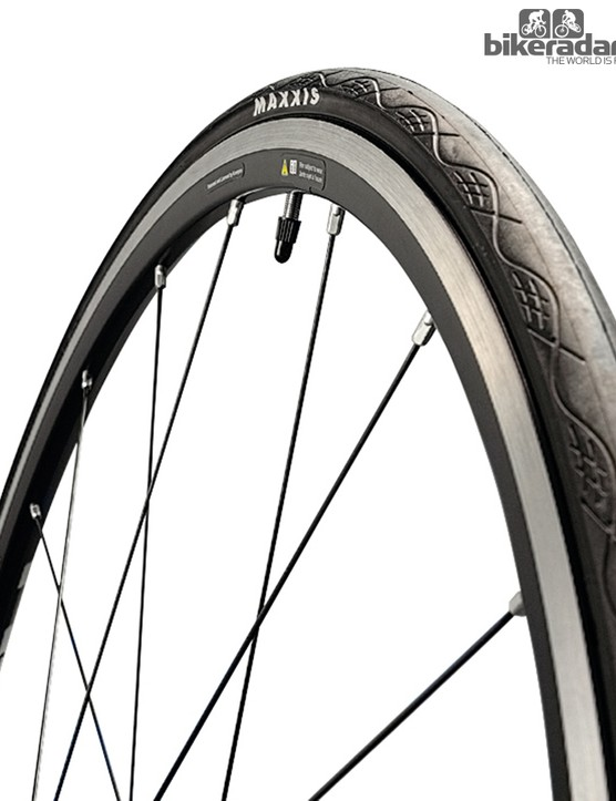 Maxxis Radiale winter training tyre
