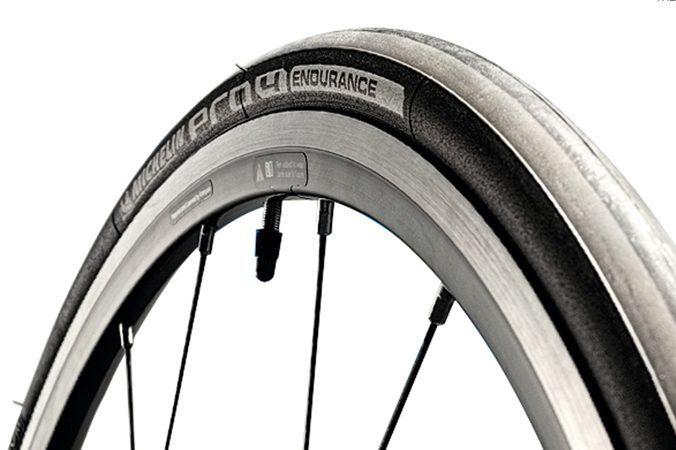 Panaracer 700c Tour Guard Plus Bike Tire Black ReflectiveStrip Flat Protection
