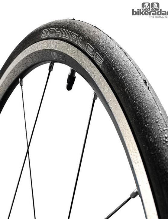 Schwalbe Durano S winter training tyre