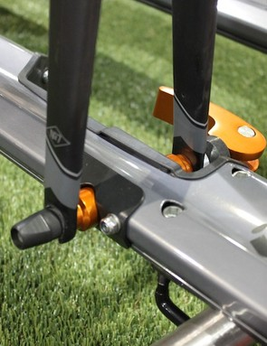 The Rüfee uses a clever modular axle system that works with 9mm quick-release and 15mm and 20mm thru-axle forks