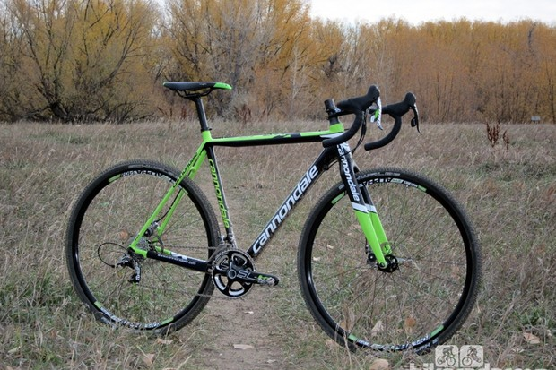 The Cannondale SuperX Hi-Mod Disc offers a stunningly smooth ride, allowing you to stay on the gas (and go faster) when the course is rough