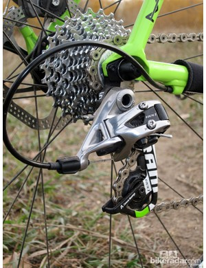 A custom finished SRAM Red rear derailleur is matched to a more mud-friendly PG-1070 cassette
