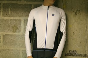 The Storck Gear Long Sleeves Jersey Comp, available in black or white