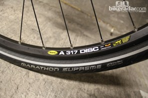 Mavic and Schwalbe take care of rolling stock on the Storck Multiroad